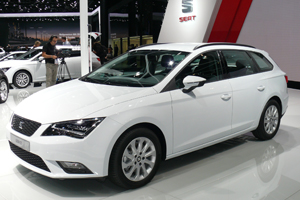 seat leon st 4 drive 2 0 tdi fr allrad kombi neu. Black Bedroom Furniture Sets. Home Design Ideas